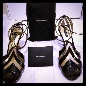 Brand New Dolce & Gabbana black and gold Sandals!!